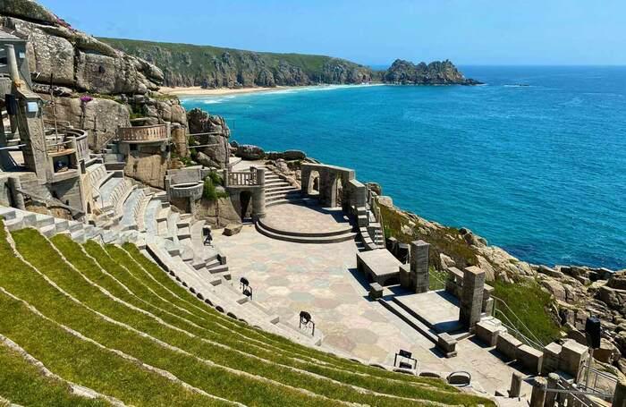 The-Minack-Theatre-Cornwall-credit-Lynn-Batten-1_Standard.jpg